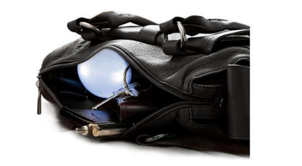 Handtaschenlicht SOI in der Handtasche