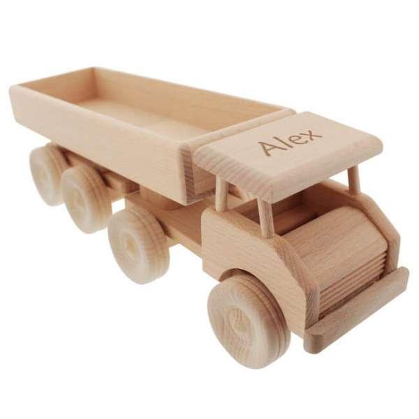 Personalisierbarer Sattelschlepper aus Holz