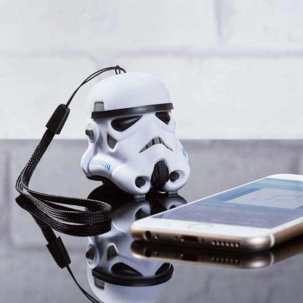 Bluetooth  Mini Lautsprecher Stormtrooper mit Smartphone