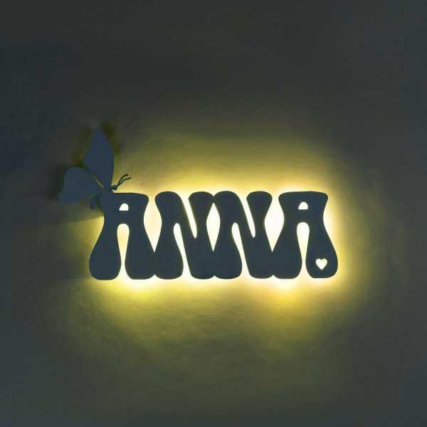 Personalisierte Holzlampe Schmetterling