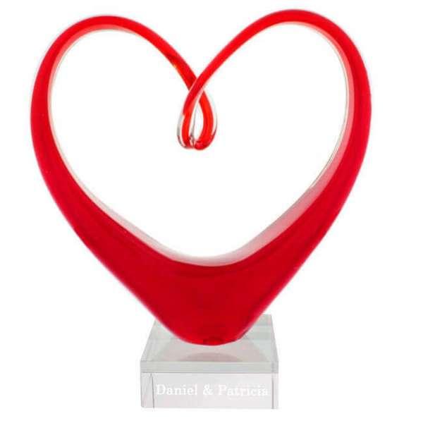 Personalisierbare rote Herzskulptur Vorderansicht