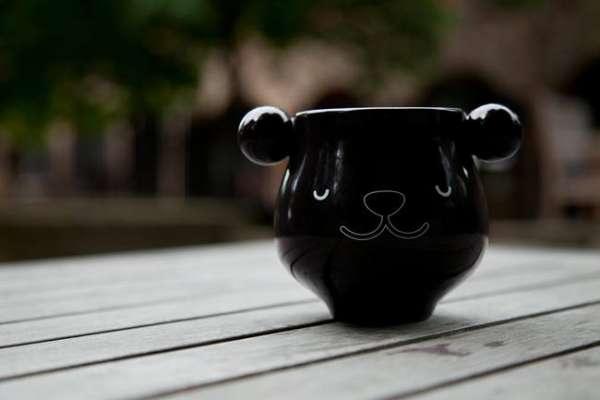 Tasse Panda mit Farbwechsel in Schwarz