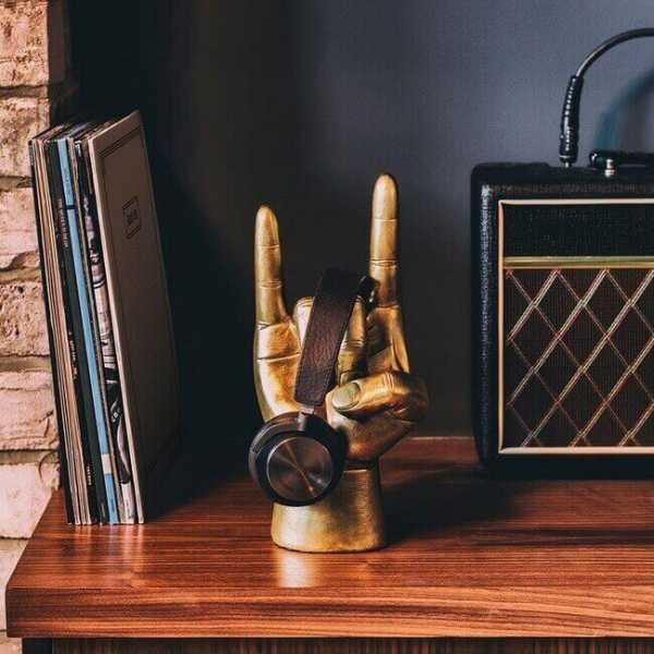 Kopfhörerständer Rock On in Gold
