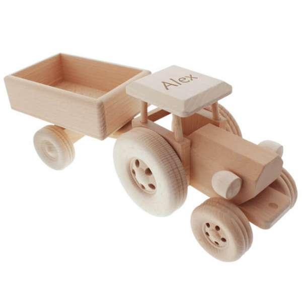 Personalisierbarer Traktor aus Holz