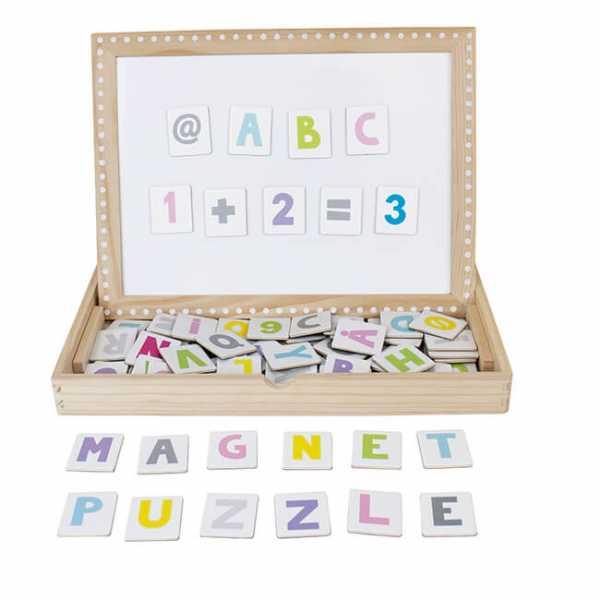 Magnetplatte mit Buchstaben aus Holz