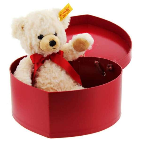 Personalisierbarer Steiff Teddy in der Herzbox