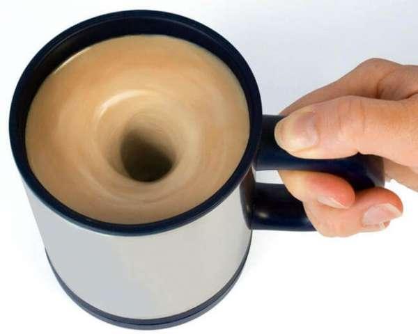 Selbst umrührender Kaffeebecher