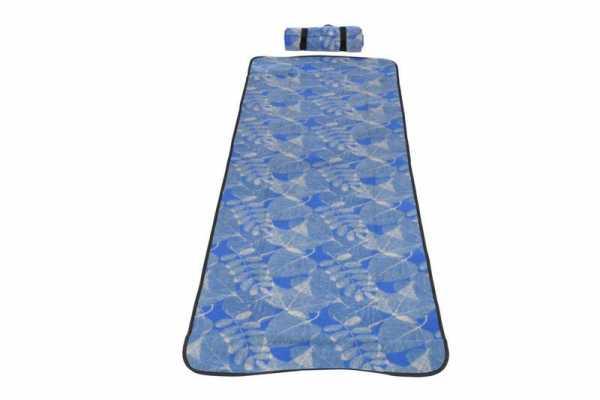 Strandmatte gepolstert in blau